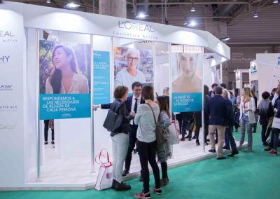 Booth for Loreal Cosmética Activa at the INFARMA 2017 Trade Show